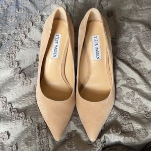 Suede Steve Madden heels size 7 pointed toe